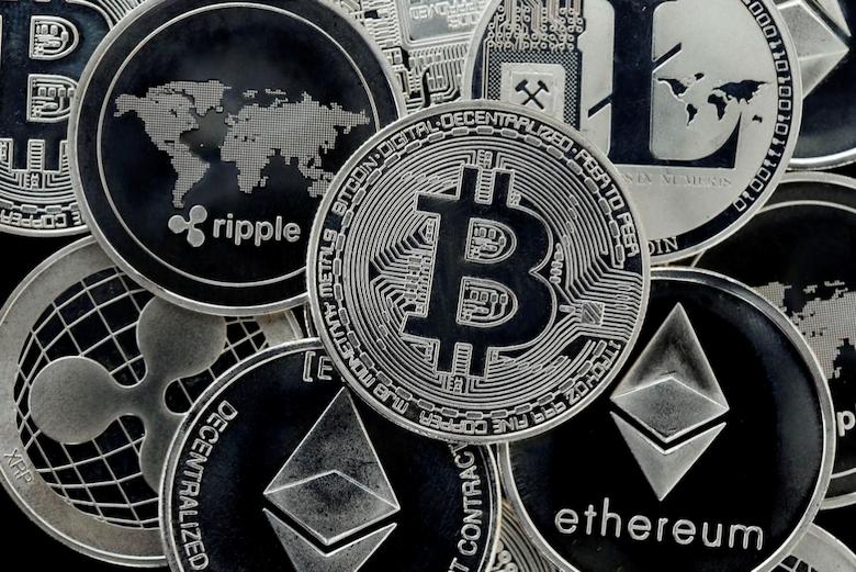 Bitcoin ve Altcoinler