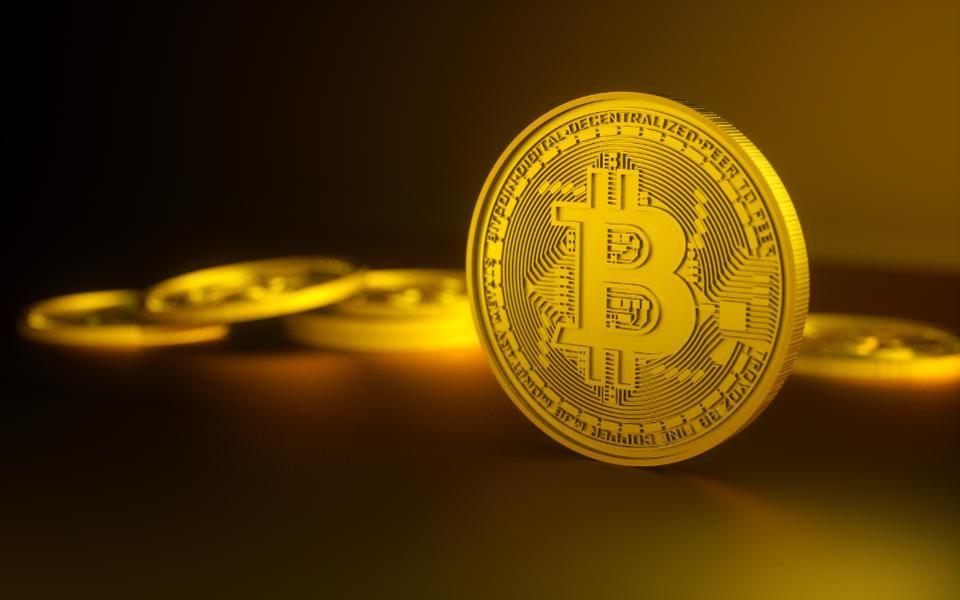 bitcoin yra teisėtas ar ne pirkti parduoti prekybą bitcoin