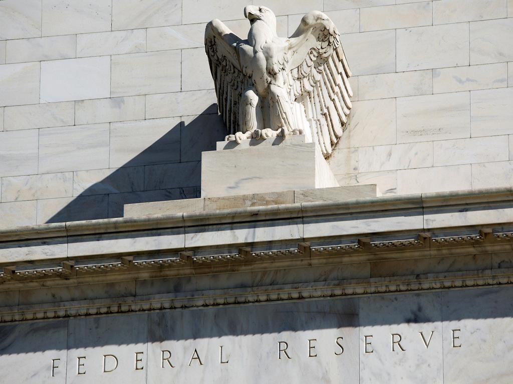 FED Kripto Paralar Üzerinde Çalışacak Yönetici Arıyor