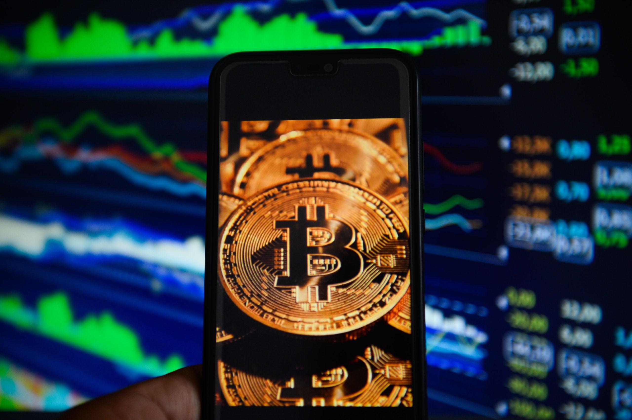 Nokta Atışı Tahminleriyle Ünlenen Analistten Korkutan Bitcoin BTC Öngörüsü scaled