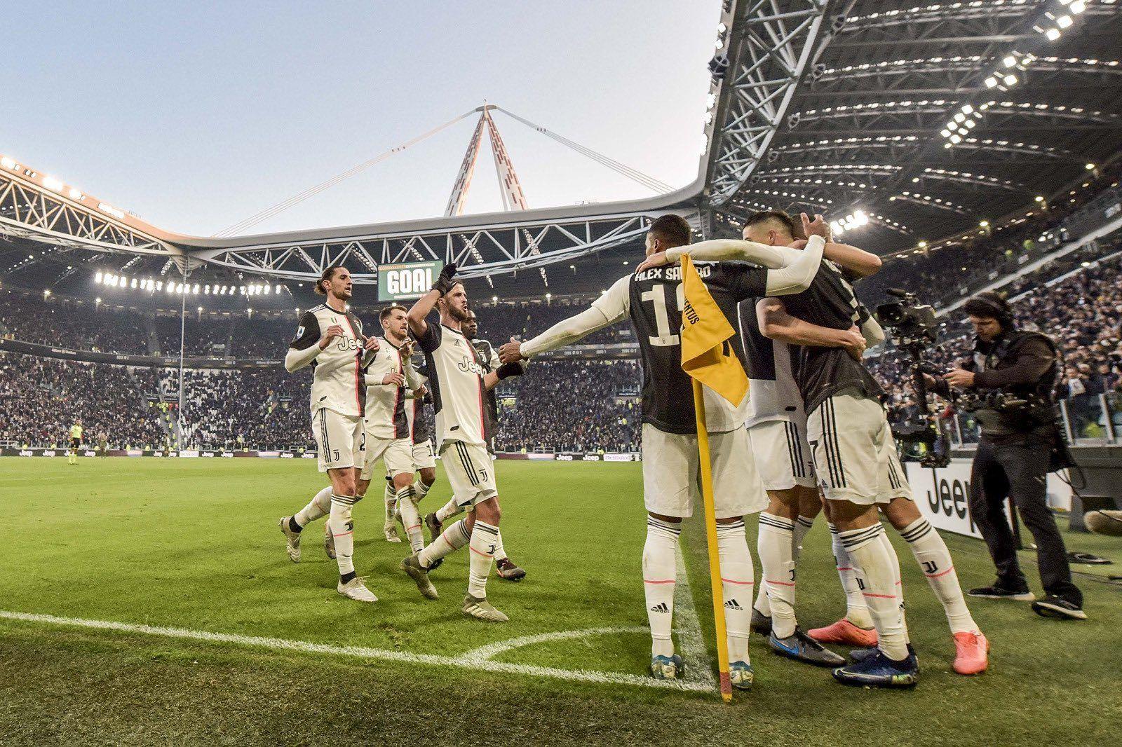 Juventus Koleksiyon Kartlarını Dijitale Taşıyor