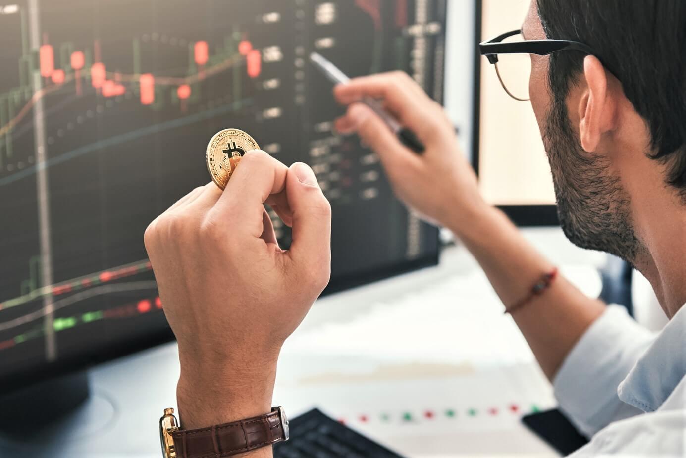 Usta analist Bitcoin BTC ve Altcoinlerde yatırım stratejisini açıkladı