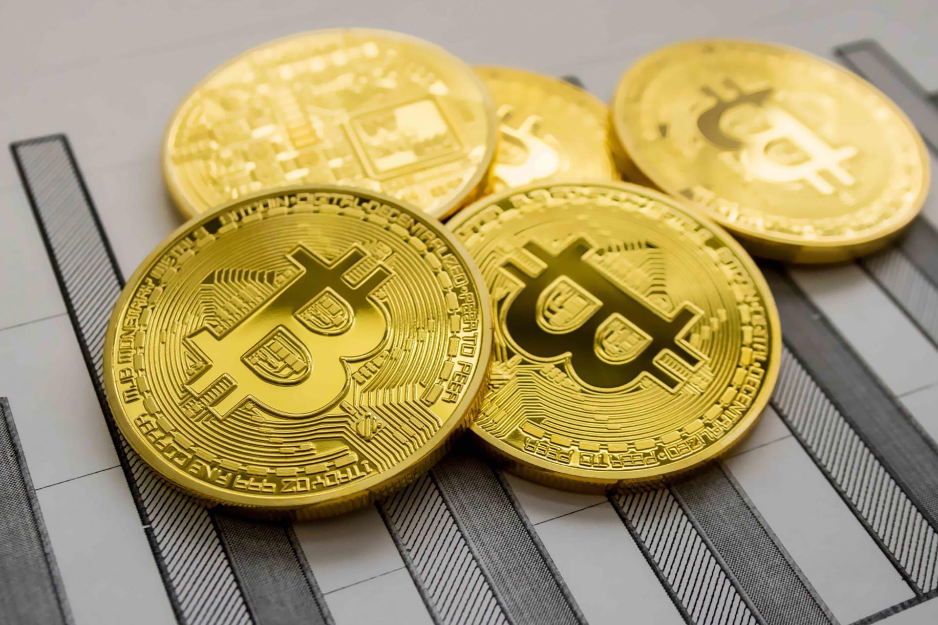 bitcoin 9 bin 800 doları aşarsa