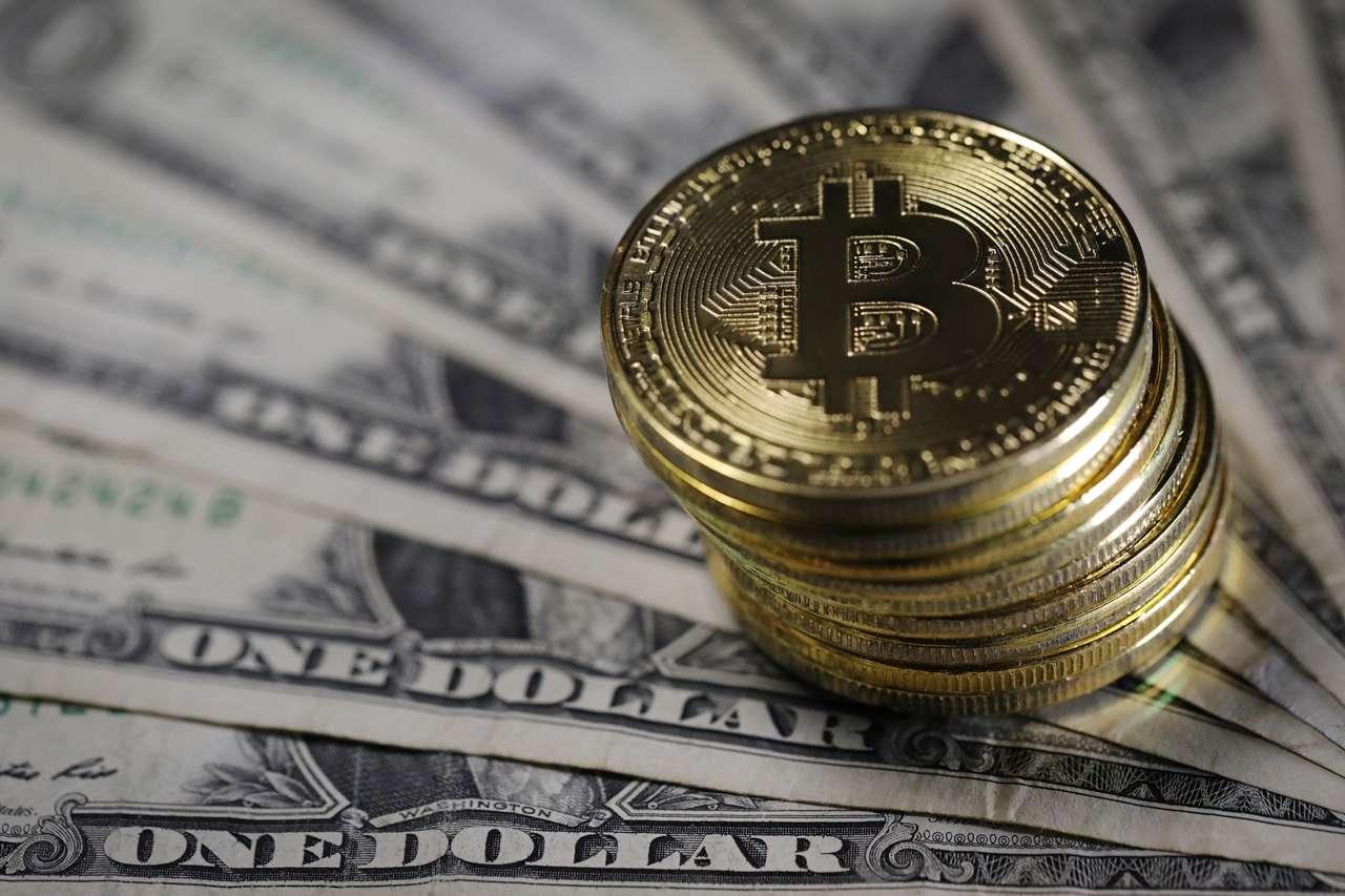 Bitcoin 18 Bin dolarak Kadar Yükselebilir