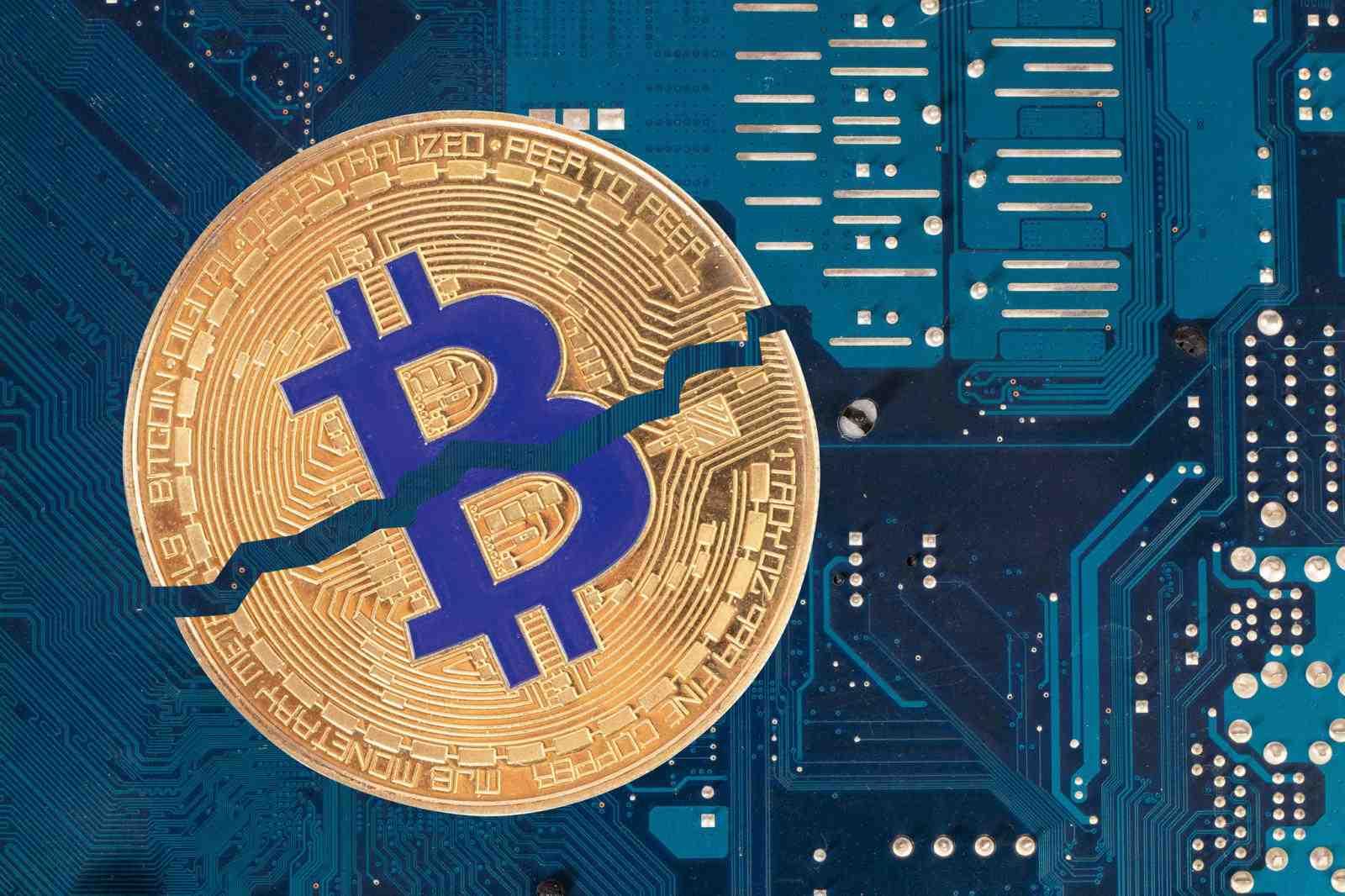 Bitcoin Fiyatı Halving Sonrası 10 Bin Doların Üzerinde Kalacak mı