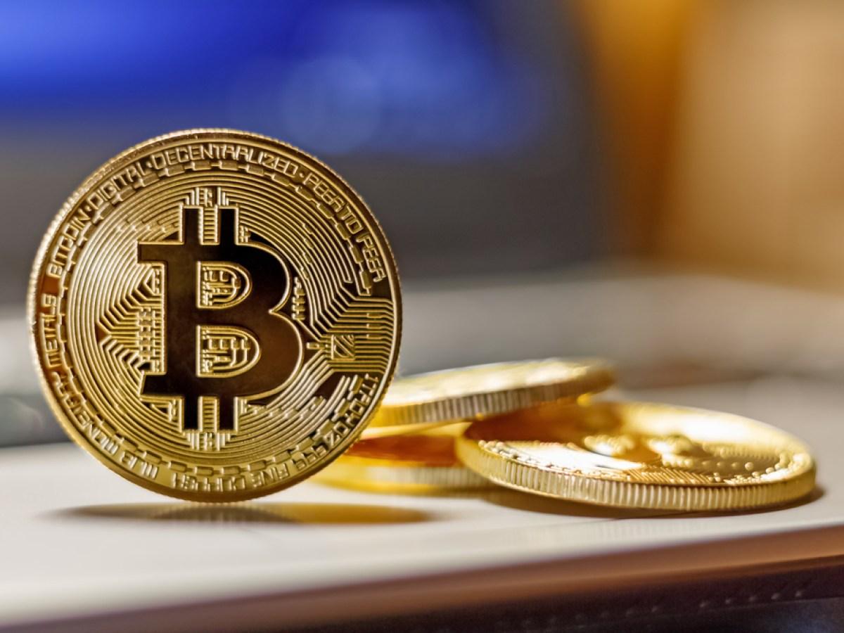 Bitcoin aylik direnci gecerse 10000 dolar seviyesine yukselir