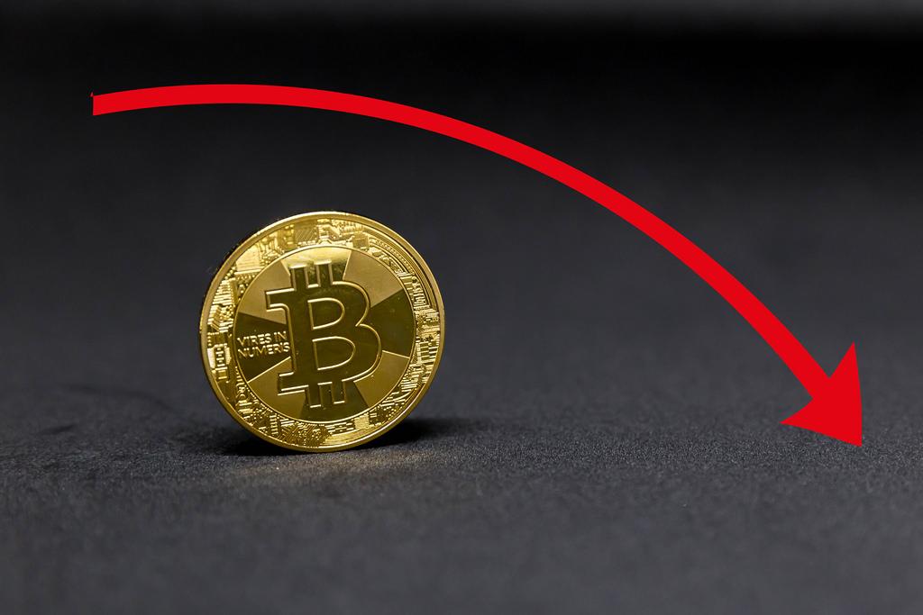 bitcoin 1000 dolara düşebilir mi