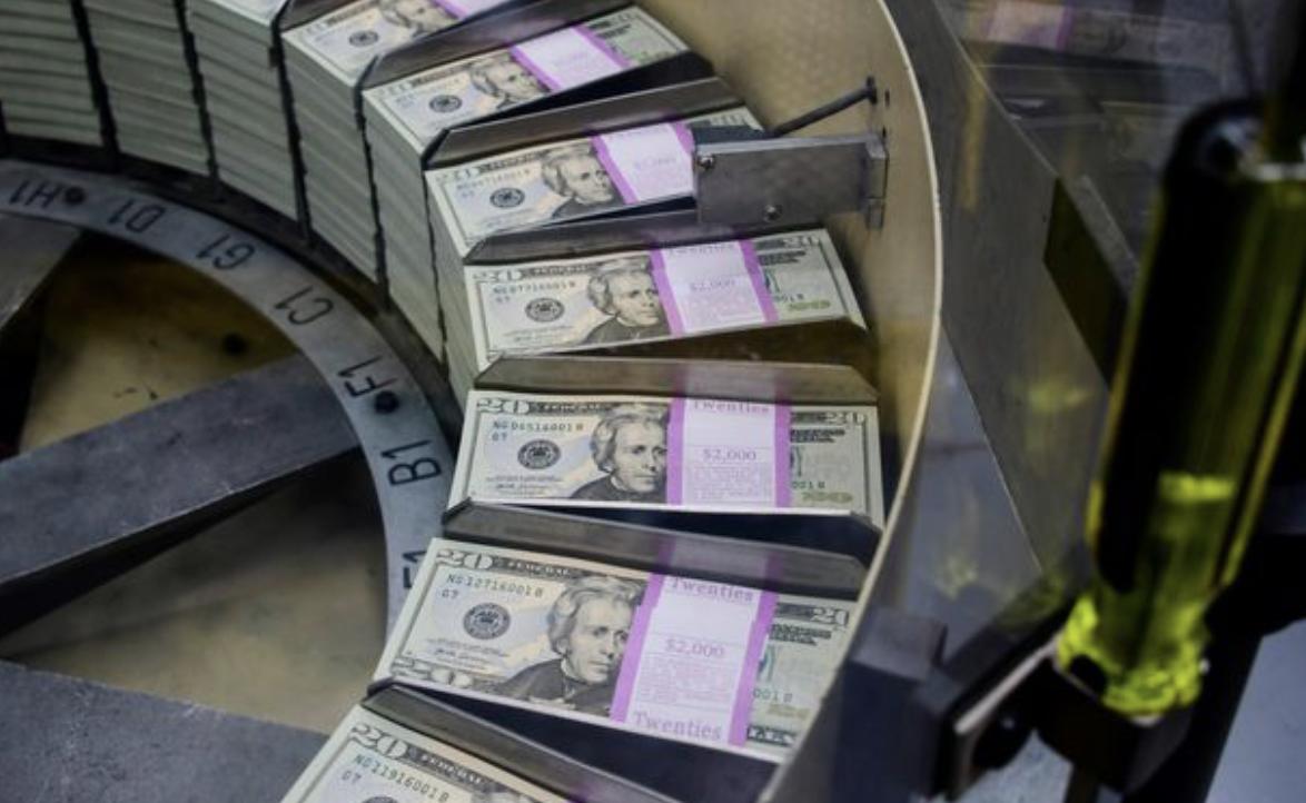 fed abd ekonomisine dolar pompalamaya devam ediyor