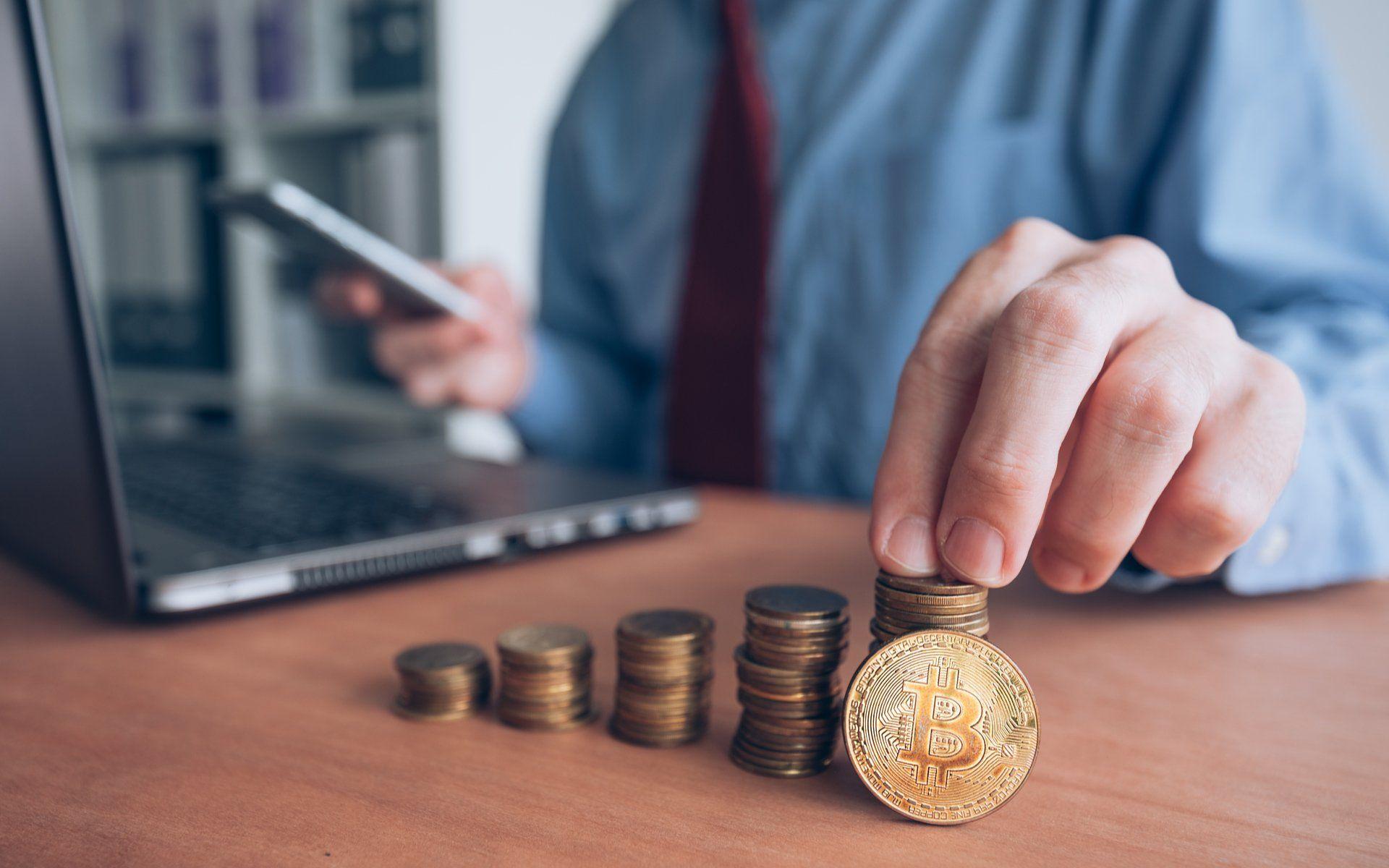 Bitcoin BTC Fiyatı Çakılırken Kurumsal Yatırımcılar Düşüşü Satın Alıyor