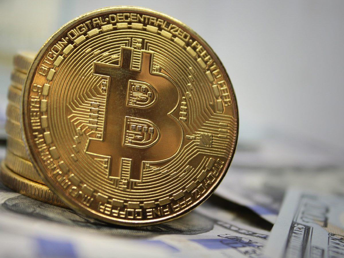 bitcoin 10 bin doların üzerine çıkmalı