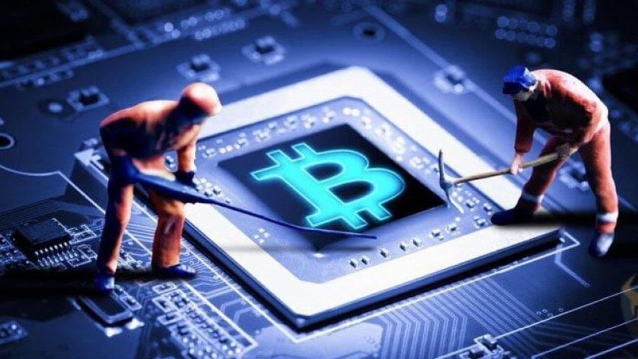 bitcoin madenciligi zorluk seviyesi dusuyor