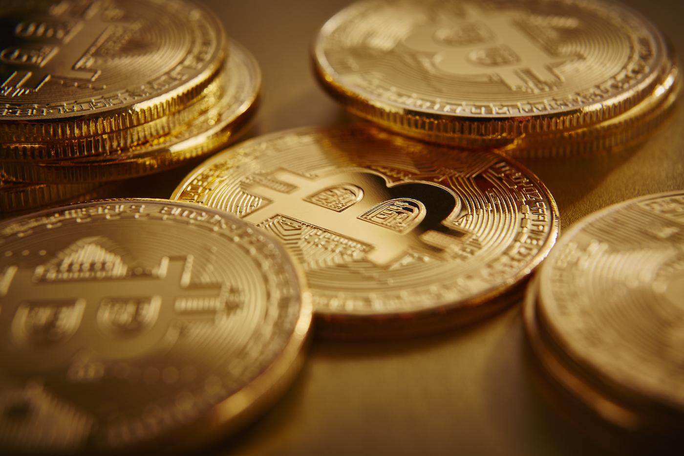borsalardan cekilen bitcoin sayisi artis gosteriyor