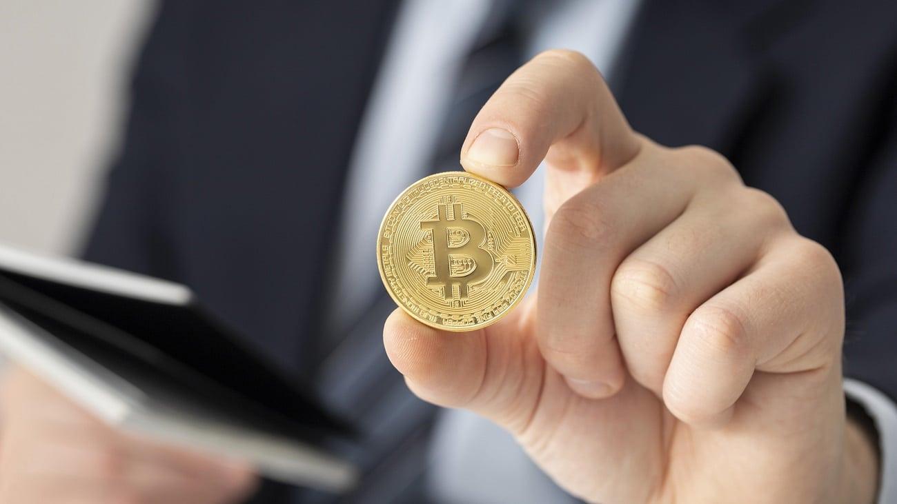 unlu yatirim sirketi bitcoine btc 182 milyon dolarlik yatirim yapti