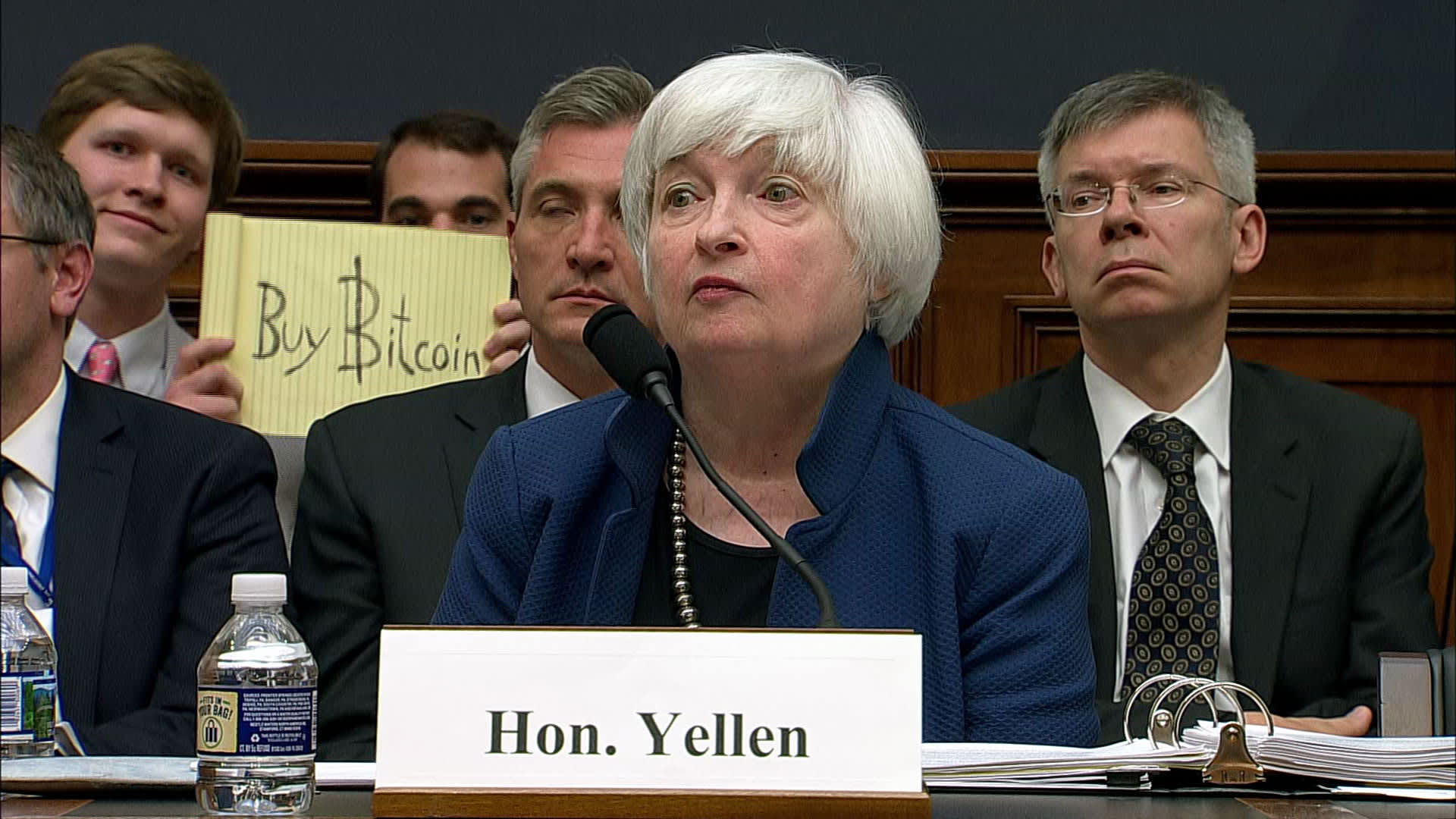 104582262 Yellen bitcoin