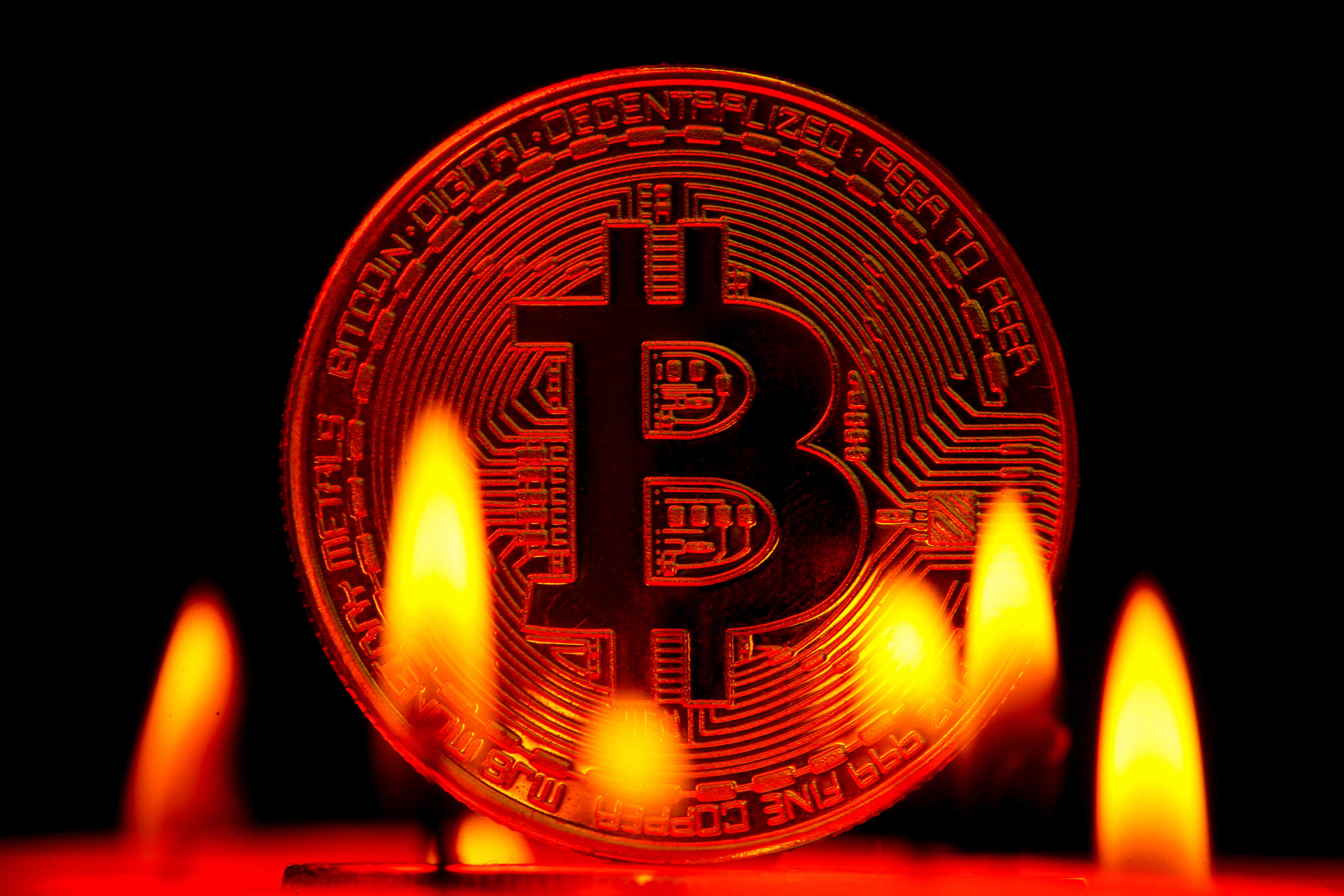 bitcoin btc 30 000 dolari gordu analistler guncel durumu yorumladi