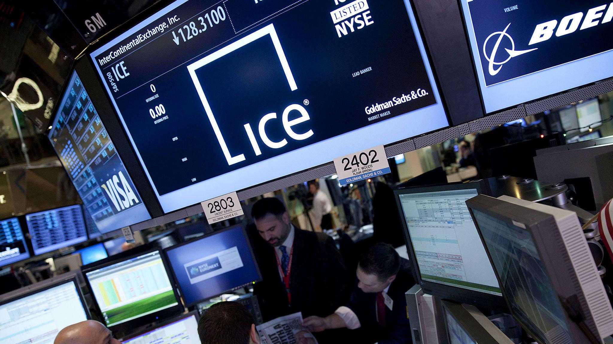 intercontinental exchange 1 2 milyar dolarlik coinbase hissesini 900 milyon dolar karla satti