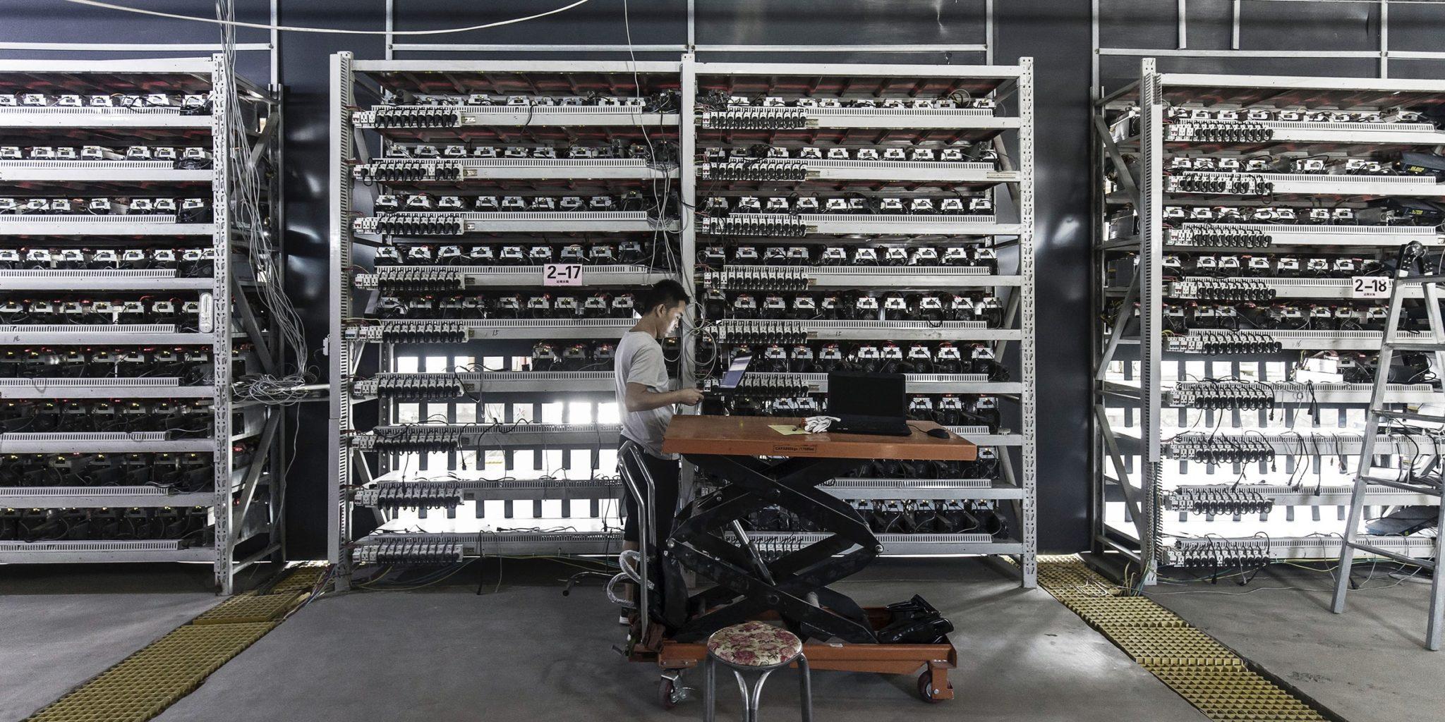 kuzey amerikadaki bitcoin madenciligi sirketleri 1 milyar dolarin uzerinde btc biriktirdi 1